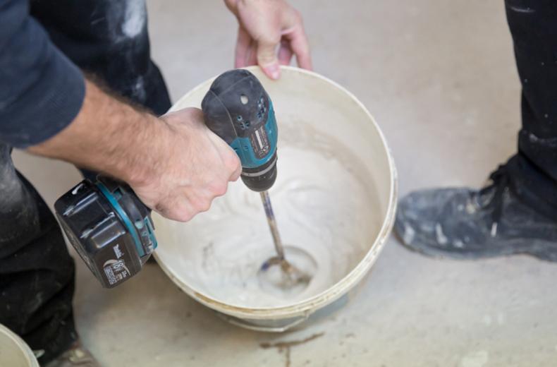 How much money do plasterers make